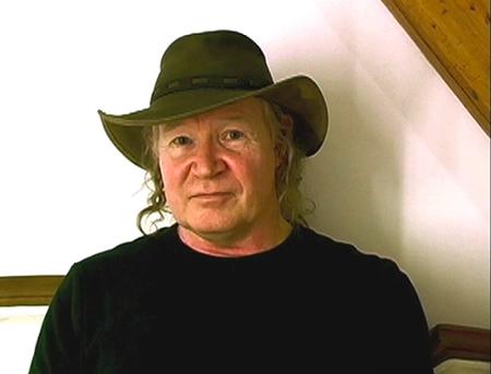 Bob Dean:                                                         the Coming of                                                         Nibiru