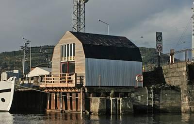 Click image for larger version  Name:4 Husly, Generator, Trondheim 2007 0.9mb.jpg Views:451 Size:197.7 KB ID:19247