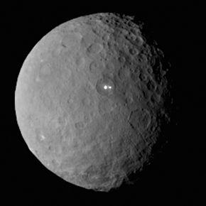 Name:  Ceres_RC2_Bright_Spot.jpg Views: 362 Size:  8.6 KB