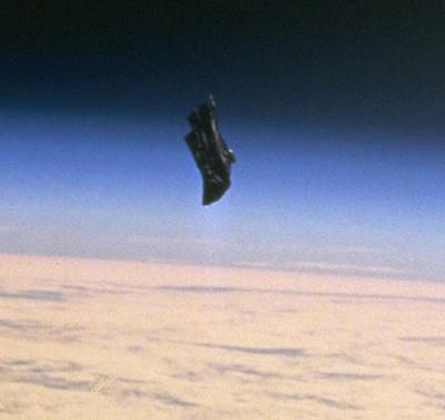 Click image for larger version  Name:black knight satelite.jpg Views:39 Size:35.5 KB ID:36979