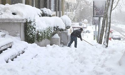Click image for larger version  Name:snow_southernitaly.jpg Views:100 Size:163.9 KB ID:34792