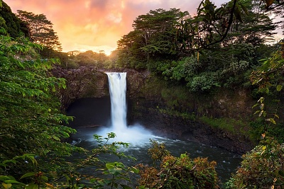 Click image for larger version  Name:rainbow falls dawn.jpg Views:30 Size:171.3 KB ID:40995