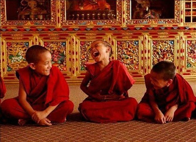 Click image for larger version  Name:little monks.jpg Views:184 Size:143.4 KB ID:31955