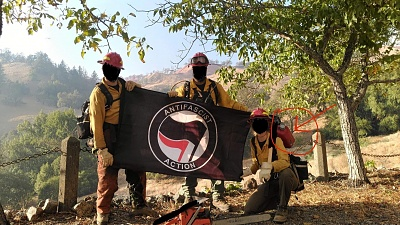 Click image for larger version  Name:antifa_fires_4bb6b5ac89c62f7232ad52c89d56.jpg Views:99 Size:977.9 KB ID:44397